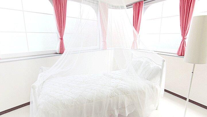 Barbie house ベッドルーム