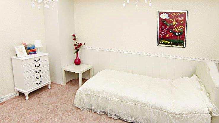 Barbie room ベッドルーム