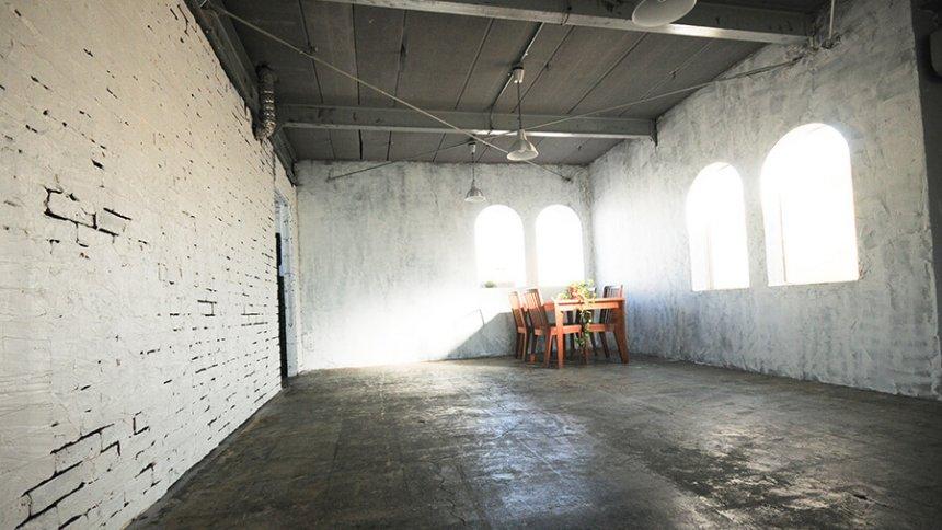 studio-cbox 倉庫街1