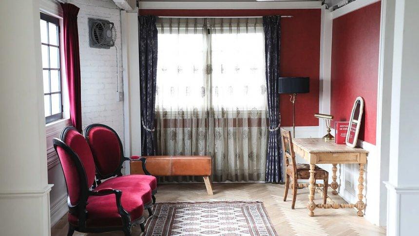 Studio cou6h アンティーク家具1