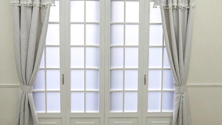 STUDIO GOCCO ヨーロッパ風な窓