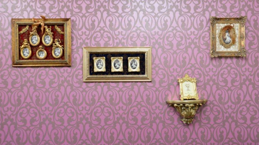 CherishStudio 2号館 ゴシック調の壁