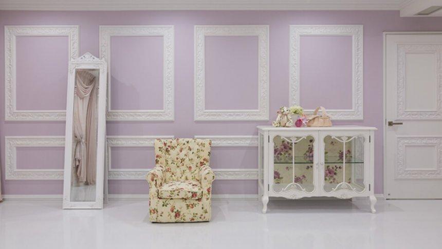 CherishStudio 5号館 紫の壁