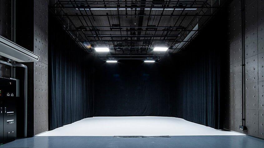 ONE STOP STUDIO TOKYO スタジオ2 黒ホリ