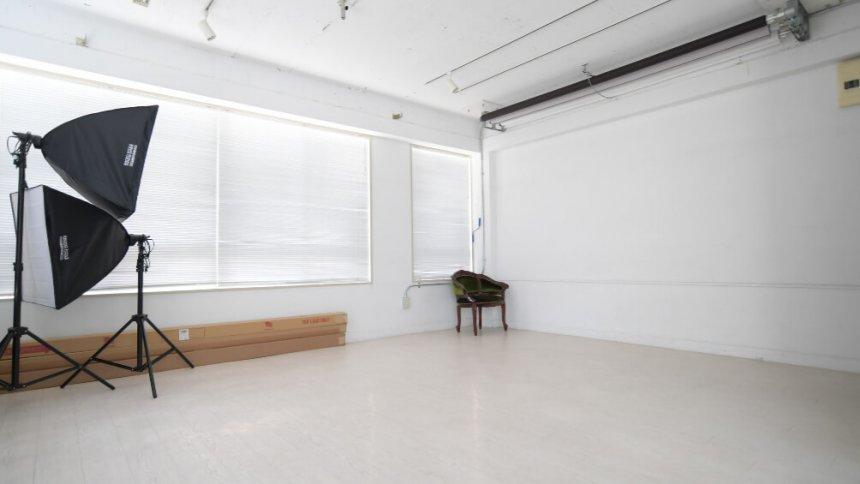 サクラスタジオ 四谷4丁目スタジオ バックペーパー2