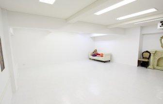 スタジオパンダ 6号店 白ホリ1