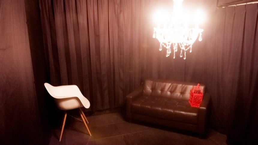 ドルフィンゲート Black Room