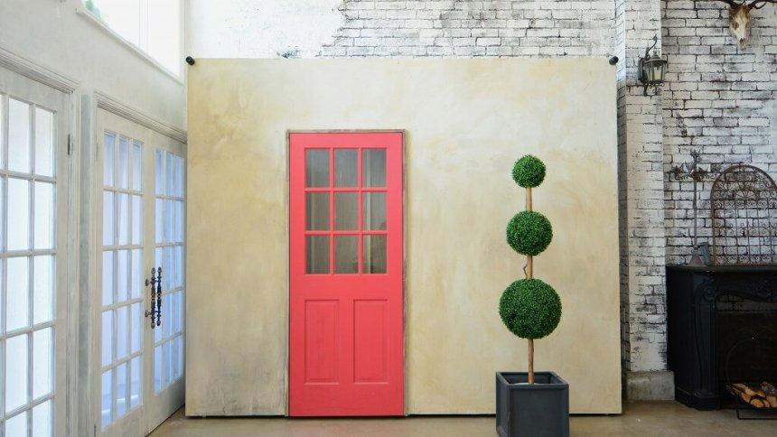 KAMOME216 STUDIO 赤いドア