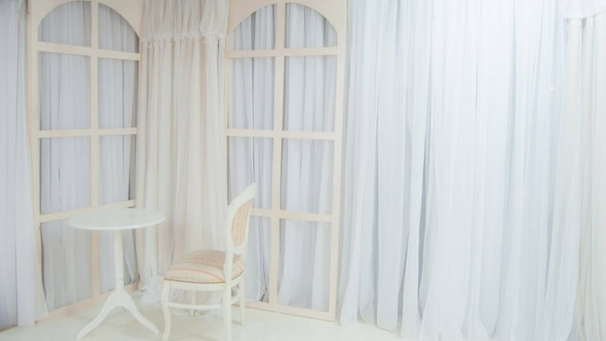 なまいきリボンスタジオ2 三軒茶屋 ガーリーなテーブルセット