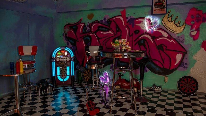 Studio Macaron -Night- アメリカンエリア1