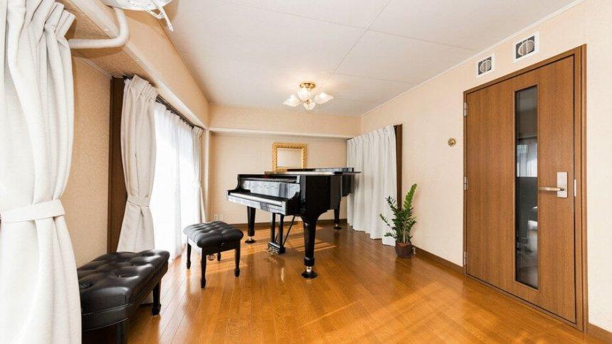Costa Classics Piano Studio ピアノ1