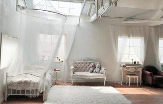 ハウススタジオはちよん 天蓋ベッド