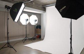 Pictures Studio 赤坂 バックペーパー