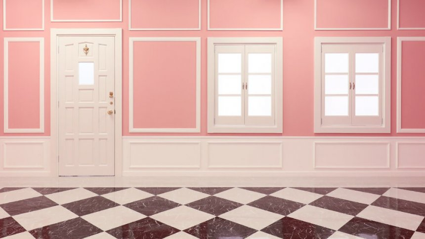 studio PINK 白いドアと窓