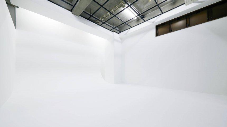 スタジオシロバコ2nd 白ホリ2