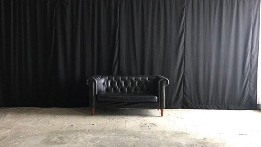 スタジオPLOTARTⅡ 黒いカーテン
