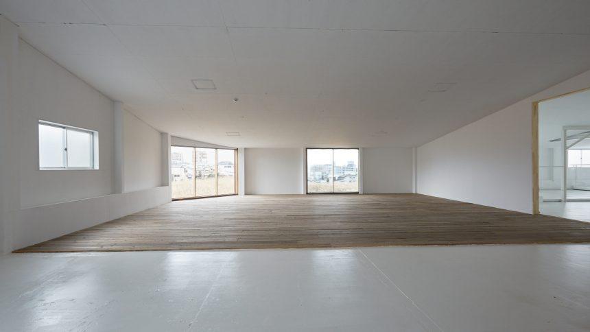 フォトスタジオ タクト 木の床